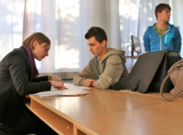 gutbezahlte büro jobs