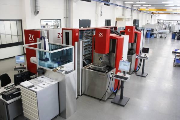 Chameleon automatisiert werkzeugbau for Zimmer und kreim