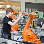 /xtredimg/2017/Mechatronik/Ausgabe182/14706/web/Roboter2.jpg
