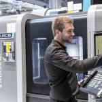 /xtredimg/2018/Fertigungstechnik/Ausgabe230/16297/web/HURCO_GmbH_Steuerung_heute.jpg