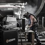 /xtredimg/2019/Blechtechnik/Ausgabe269/18445/web/X8-MIG-Welder-welding-02(1).jpg