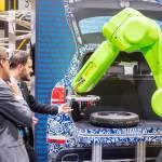 /xtredimg/2020/Fertigungstechnik/Ausgabe316/22320/web/aut_pr_2020_09_Autohersteller_Roboter_.jpg